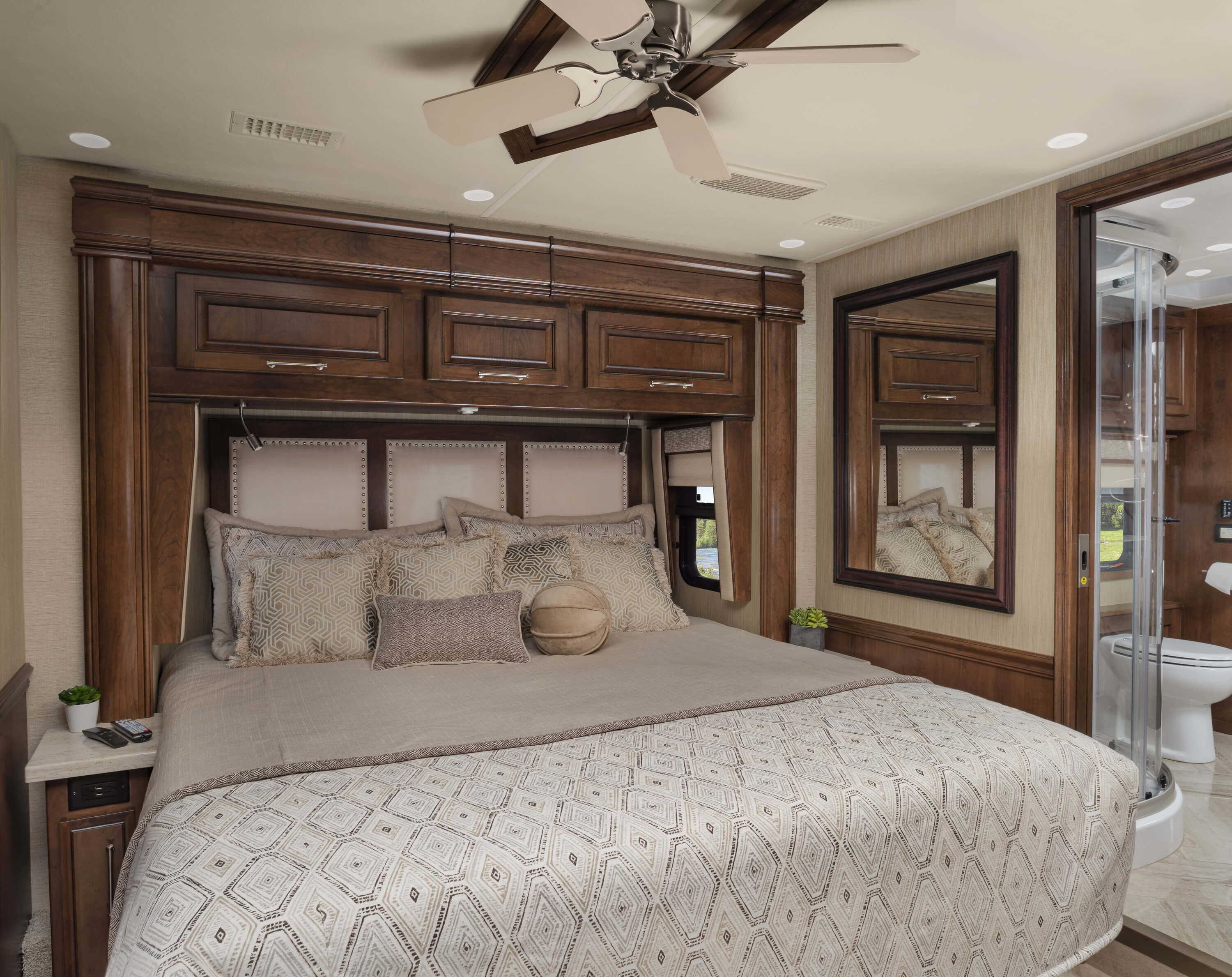 The 2019 Aspire Luxury Diesel Class A Motorhome Entegra Coach Esprit Sheet Set Lily King Size 44w Bed Locking System